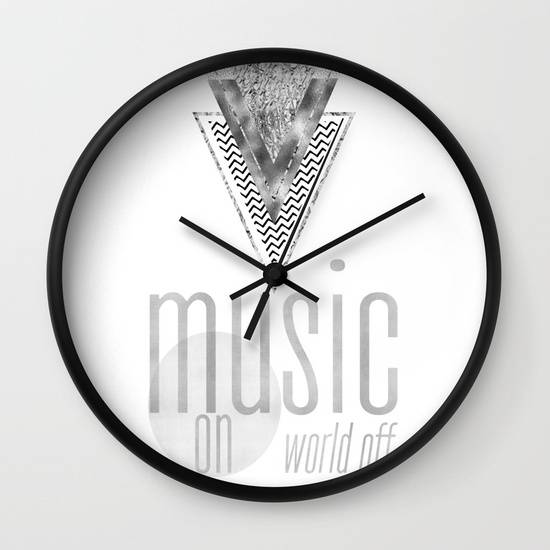 "Link SOCIETY6.COM Wanduhr / Wall Clock ""GRAPHIC ART Music on - World off 